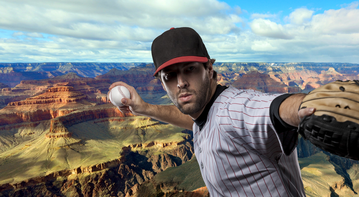 Baseball player in front of Grandcanyon panorama